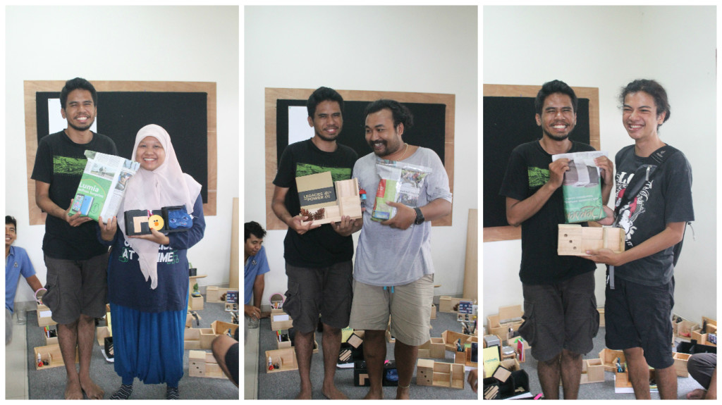 From L to R > Sartika 1st winner, Wikan 2nd winner, Bryan 3rd winner. Congrats!!